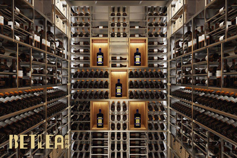 成都银泰中心2现代风格酒窖
