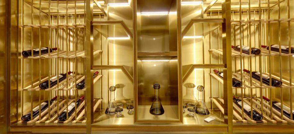 广州马会家居展厅酒窖